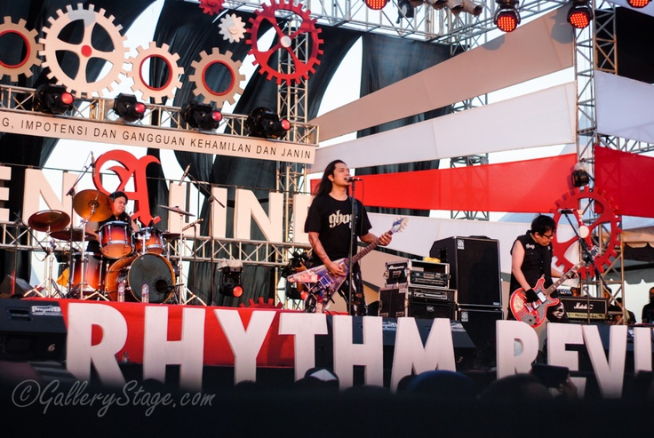 """Koil """"Road To Soundrenaline 2012"""""""