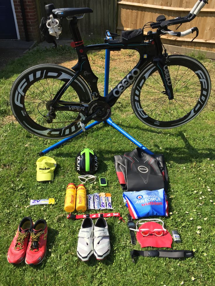 Zone3 sponsored athlete Scott Hill provides us with his top tips for perfecting transition:   1) Know your equipment The day of your triathlon is not the day to change your equipment this is the day to put into action all the hours, days, weeks and months of training you have done. You need to … Continue reading Scott Hill's six tips to a speedy transition →
