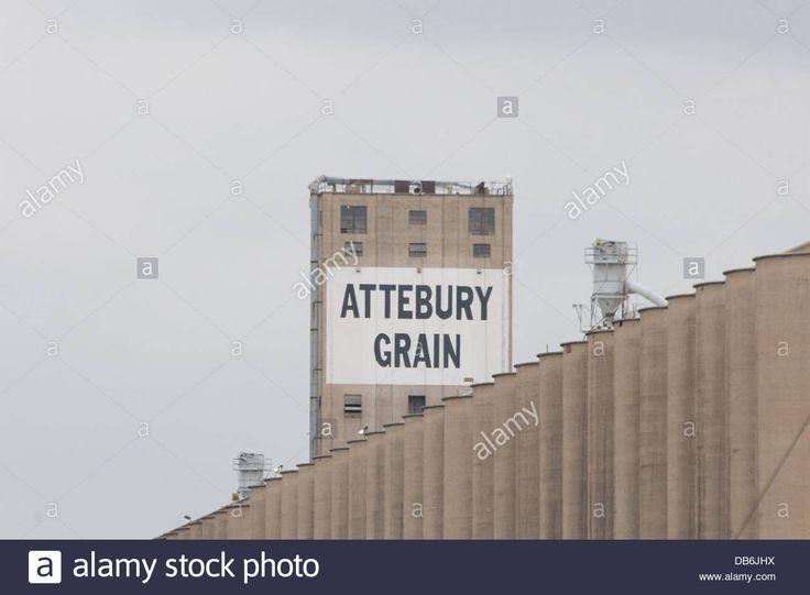 attebury-grain-elevator-at-saginaw-texas-usa-DB6JHX.jpg 1,300×956 pixels