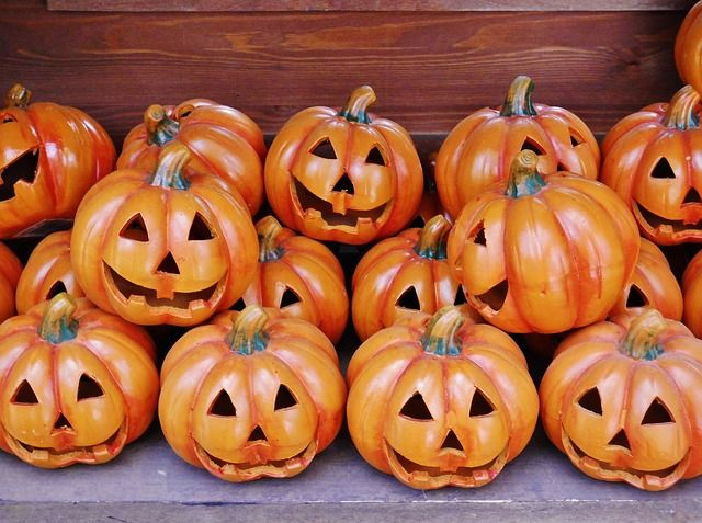 Three ways to keep the kids entertained this Halloween   Devon holiday cottages   Smythen Farm