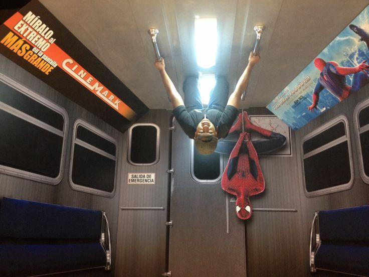 Estreno Spiderman 2 Simulación vagón de tren