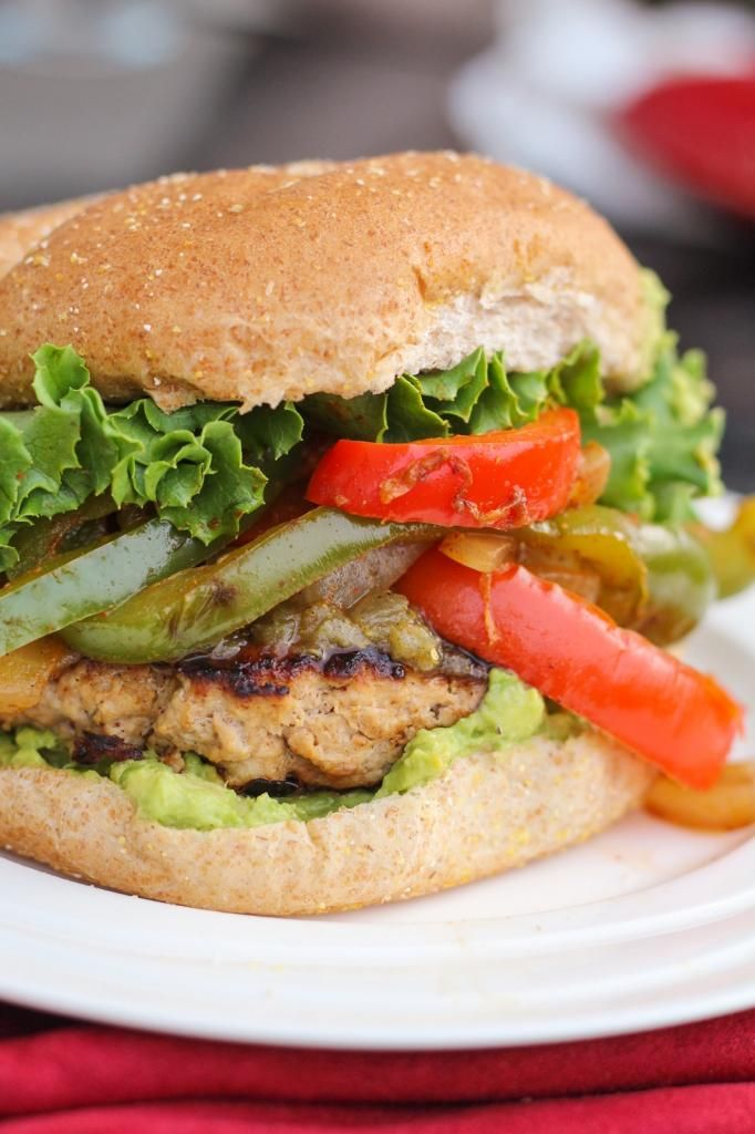Chicken (or Turkey) Fajita Burgers | Foodie | Pinterest