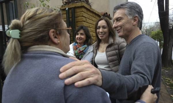 Cambiemos lanzó su campaña electoral en Buenos Aires con un timbreo que cubrió toda la Provincia