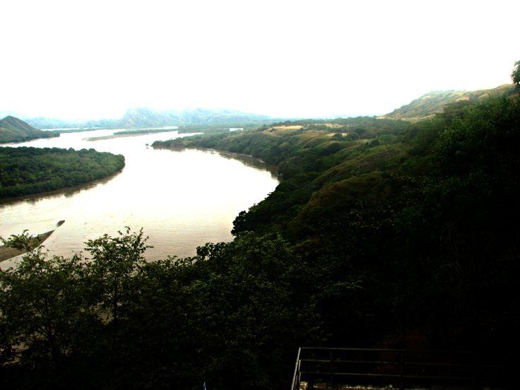 Rio Magdalena (Norte - Sur), Colombia.