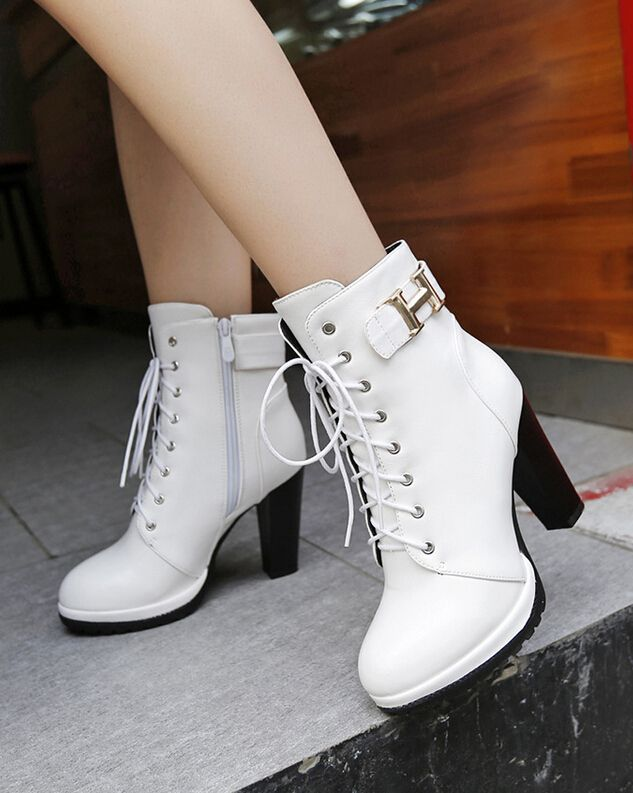87df8f4e3472 White Lace-Up Rounded Toe Chunky Heel Ankle Boots on Luulla