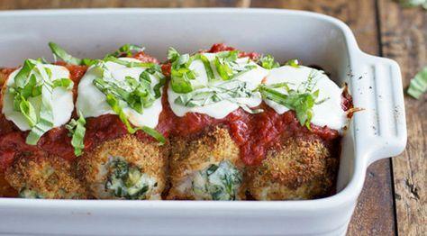 Lækker opskrift på bagte mozzarella kyllingeruller, som er nem og lige til at gå til med ingrediensliste og fremgangsmåde.