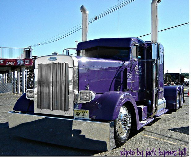 Custom Peterbilt Show Trucks | Custom Peterbilt truck photos