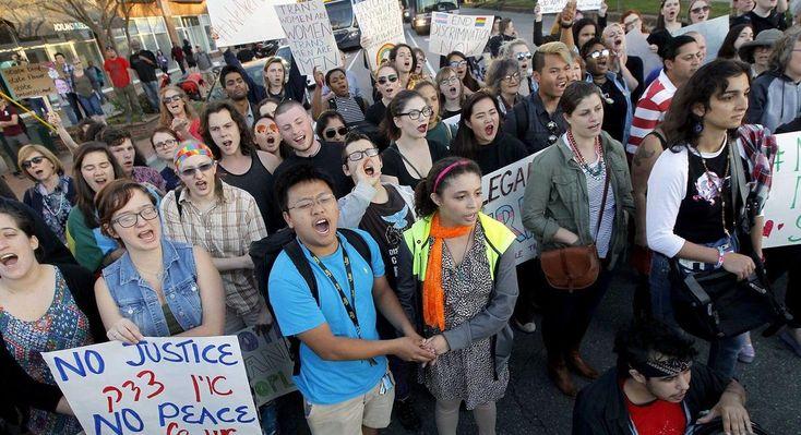 North Carolina defiant over 'bathroom bill' deadline: 'We will take no action'