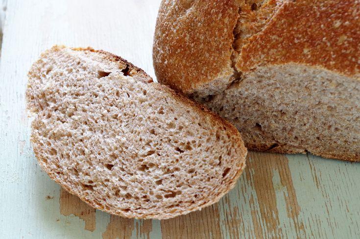 Хлеб пшеничный цельнозерновой на ржаной закваске
