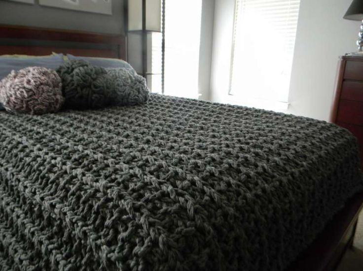 Coperte di lana ai ferri - Lavoro ai ferri per la camera