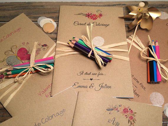 Carnet de coloriage et d'activités / livret de coloriage & ses 6 crayons de couleur / Livret mariage