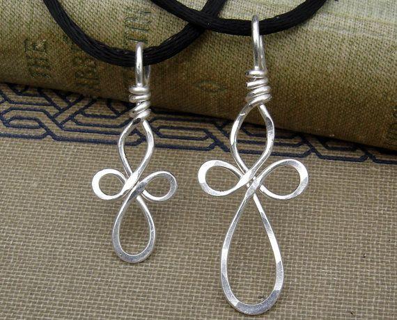 Set di collane croce celtica di madre figlia di nicholasandfelice