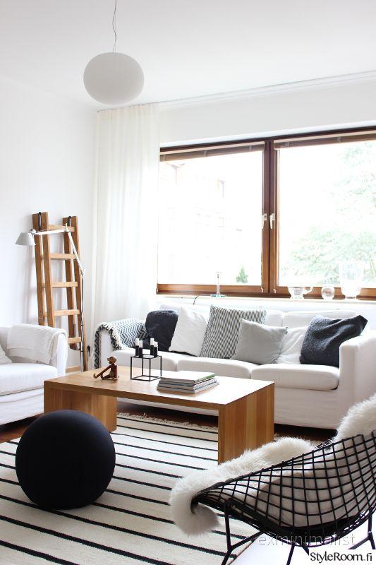 """""""exminimalist"""":n koti edustaa modernia skandityyliä. #olohuone #skandinaavinen #sisustus #kodinsisustus #homedecor"""