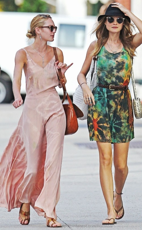 Street style Just pinned an Ombre dress and said it would be great to tie dye one...cute