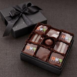 Chocolates personalizados con logo, una opción exquisita y memorable para un evento.