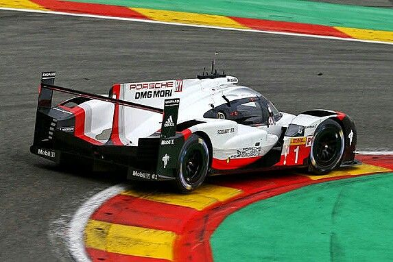 2017 Le Mans 24 - Porsche 919.  Porsche started the season in Silverstone and Spa with the low-downforce kit, which is also used in Le Mans. #Porsche919