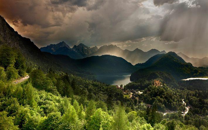 Hämta bilder Neuschwanstein Slott, HDR, berg, skogen, Bayern, Alperna, tyska landmärken, Europa, Tyskland