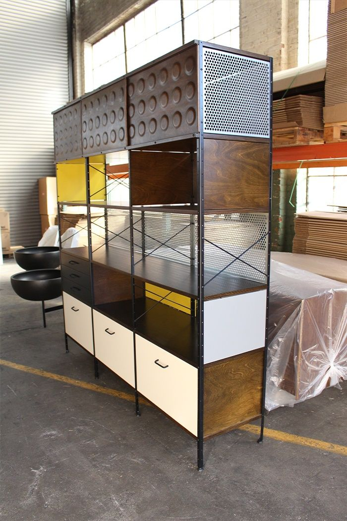 Case Study Storage Unit at the Modernica Factory