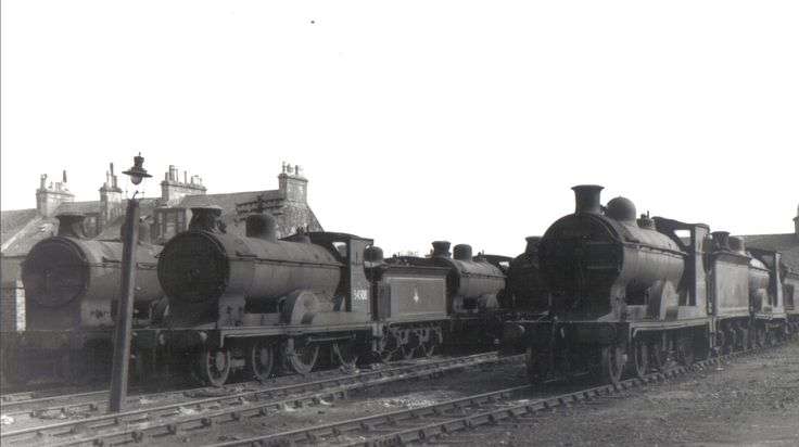 Seven Pickersgill 72 Class 4-4-0's at Princes Pier Shed. In shot are 54508 which was transferred to Stranraer and withdrawn from there in 1959 and 54468 which is to the right and had not yet been withdrawn when this shot was taken but stored out of service in 1957 and withdrawn in 1959. Other engines are likely to be 54479 which was stored out of service in 1952 and withdrawn in 1959, 54497 which was withdrawn in 1959, 54498 which was withdrawn in 1960 and 54506 which was withdrawn in 1961.