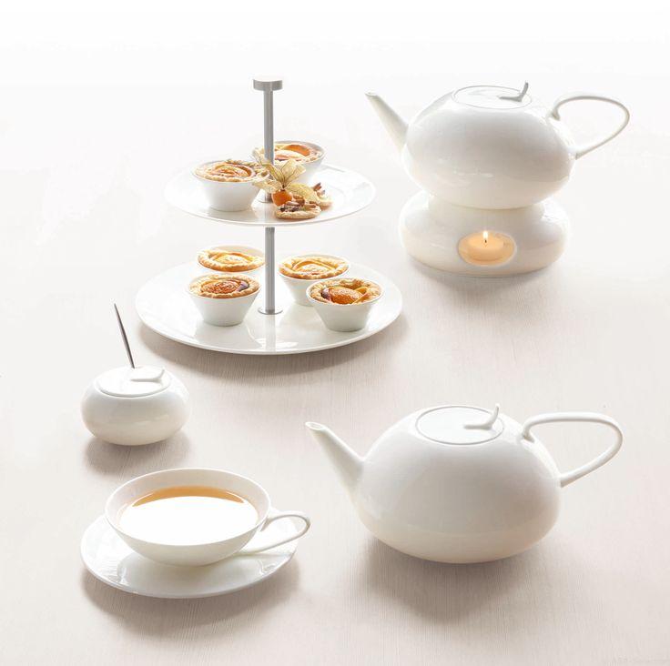 A table tè