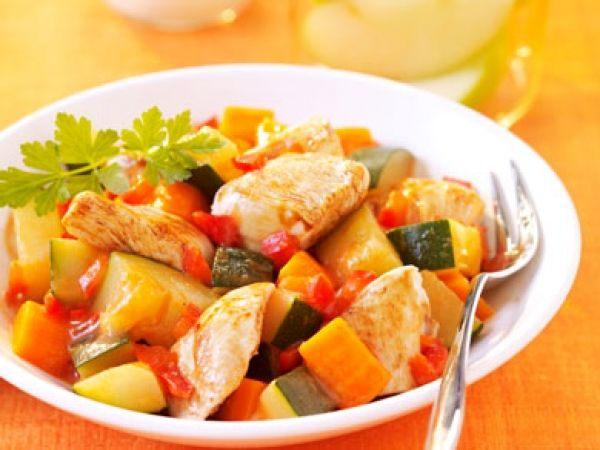 Tajine van kip en groenten
