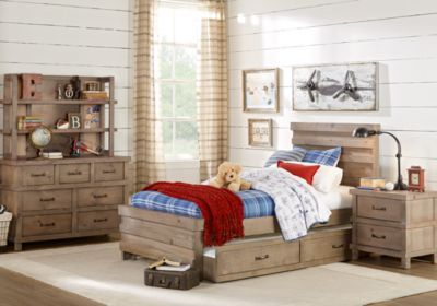 25 Best Ideas About Teen Bedroom Sets On Pinterest Teen Room Makeover Teen Girl Desk And