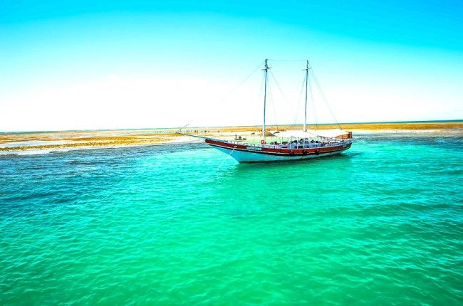 Porto Seguro é um destino turístico bem tradicional, que recebe, durante todo o ano, tanto quem busca por agitação como quem procura por paz e descanso em suas praias, hotéis e pousadas.