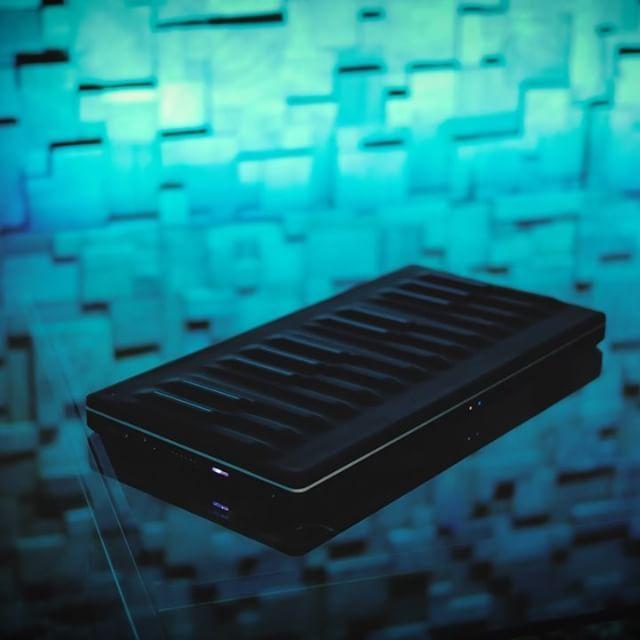 Exploring Some Chill Equator Patches With The We Are Roli Seaboard Block Blocks Roli Equator Plu Bose Soundlink Mini Soundlink Mini Mini Speaker