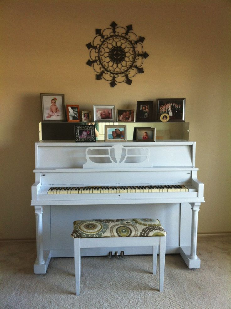 """gray piano 