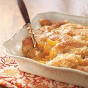 Ingredients 2 lb frozen peaches 1 box yellow cake mix 1 can(s) diet 7up or sprite Directions 1 Spread frozen peaches in Pam sprayed 13x9 pan. 2 Sprinkle dry cake mix over peaches. 3 Pour 7up over cake mix. 4 Cover with foil
