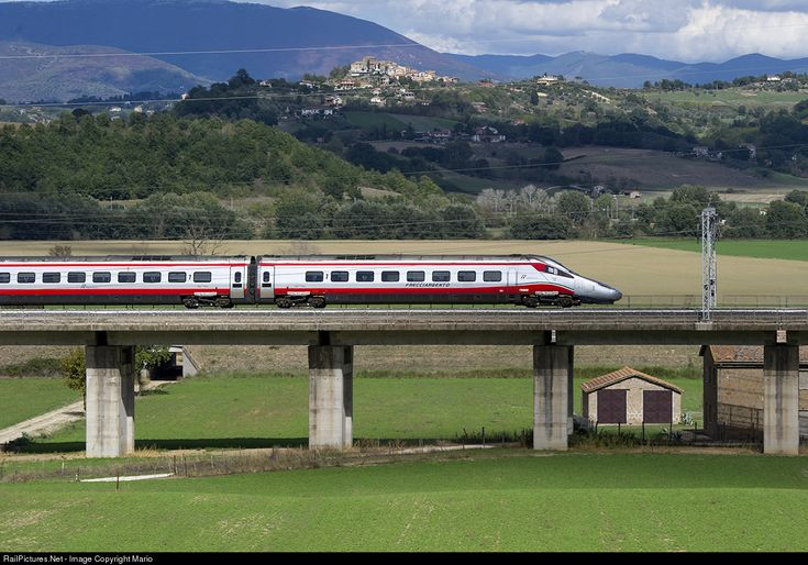2 Trenitalia ETR600 at Ponzano Romano, Italy by Mario