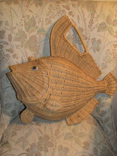 fish basket purse