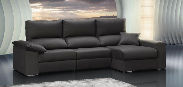 SOFÁ MAX. Sofá modular con cabezal reclinable, asiento deslizante y reposapiés. Todos los cojines y asientos son desenfundables por cremallera. Riñonera visco y motor relax opcionales. Arcón extraíble en chaise lounge opcional.