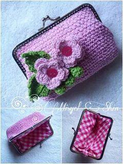 Crochet coin purse craftby Misyel Shin
