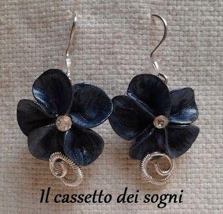 Orecchini fiori blu / blue flowers earrings