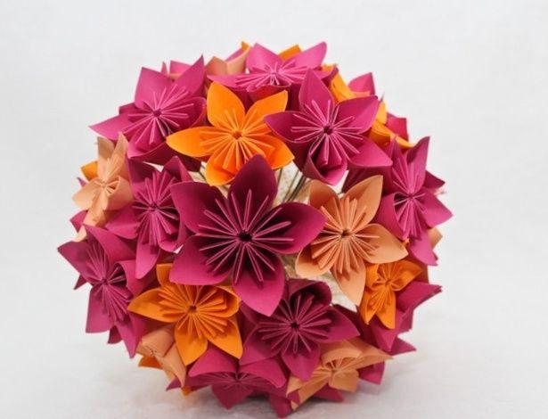 ORIGAMI: buquê de flor de cerejeira de origami. Da A&M Origami (www.amorigami.com.br). R$ 199. Disponibilidade e preço pesquisados em abril ...