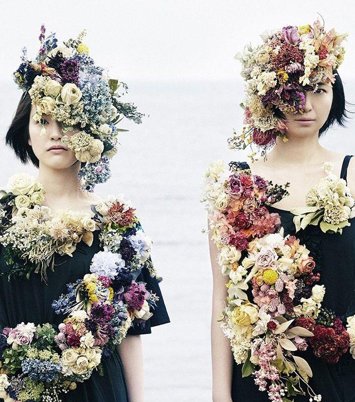 Shy flower project http://www.haconiwa-mag.com/magazine/2015/05/shyflowerproject/