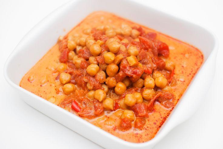 CHANA MASALA: Server med ris eller quinoa, og gjerne litt godt indisk brød, for eksempel naan eller chapati.
