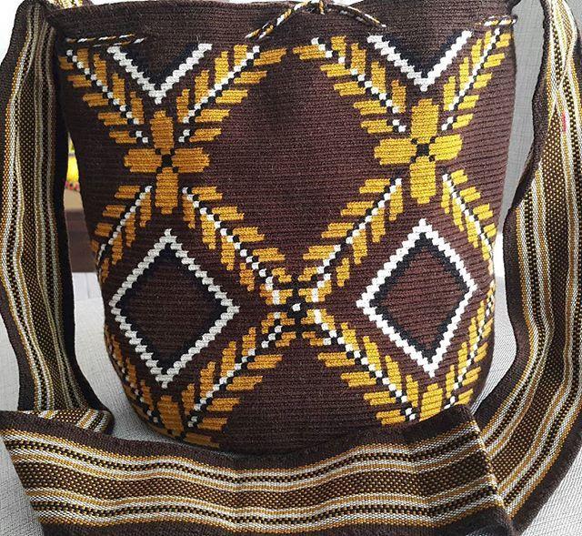 #mochila#bag #tejidoamano #tejidoancestral #hechoencolombia #bag #bolsos