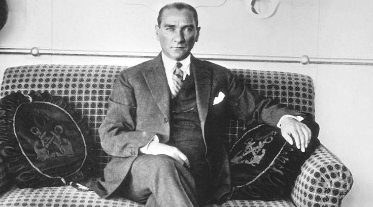 Atatürk'ün, Nahçıvan ile Komşu Olabilmek Adına Cebinden Para Vererek Satın Aldığı Toprak Mustafa Kemal Atatürk'ün nasıl bir stratejik deha olduğunu bir kez daha ortaya koyan anektod.