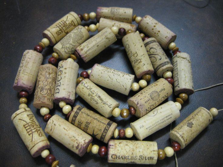 17 best images about cork crafts on pinterest wine for Crafts with corks from wine bottles