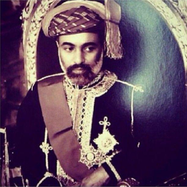 Mohamed Al Hasni On Instagram لك الولاء والعرفان يا سيدي قابوس وكل عام وعمان وقائدها بالف بخير Sultan Qaboos Sultan Nobility