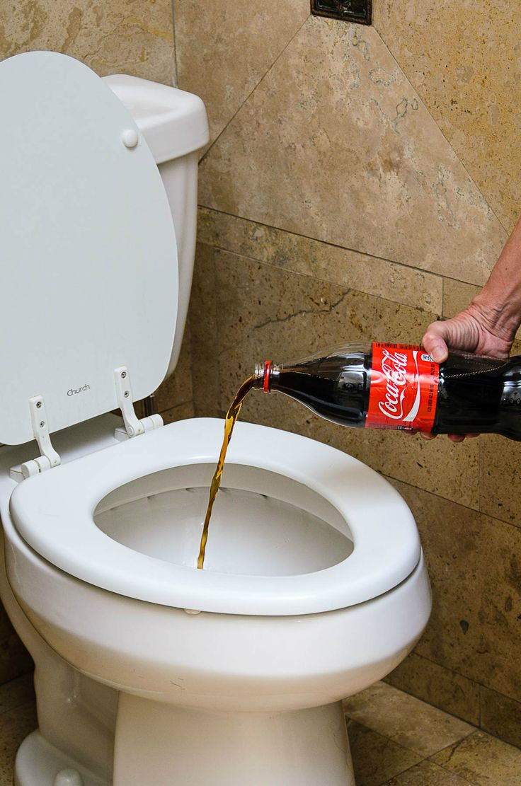 Cleaning Toilet Ring With Coke