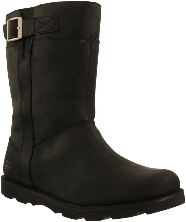 Zwarte UGG korte laarzen BRITTON MAN  Voor mannen; maar toch wil ik deze! Zo stoer....!