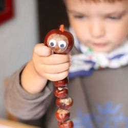 Get outdoors, collect chestnuts and then follow our simple tutorial and make a chestnut worm. Perfect autumn acitivity for kids!