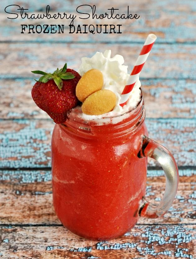 Strawberry Shortcake Frozen Daiquiri with #BacardiClassicCocktails