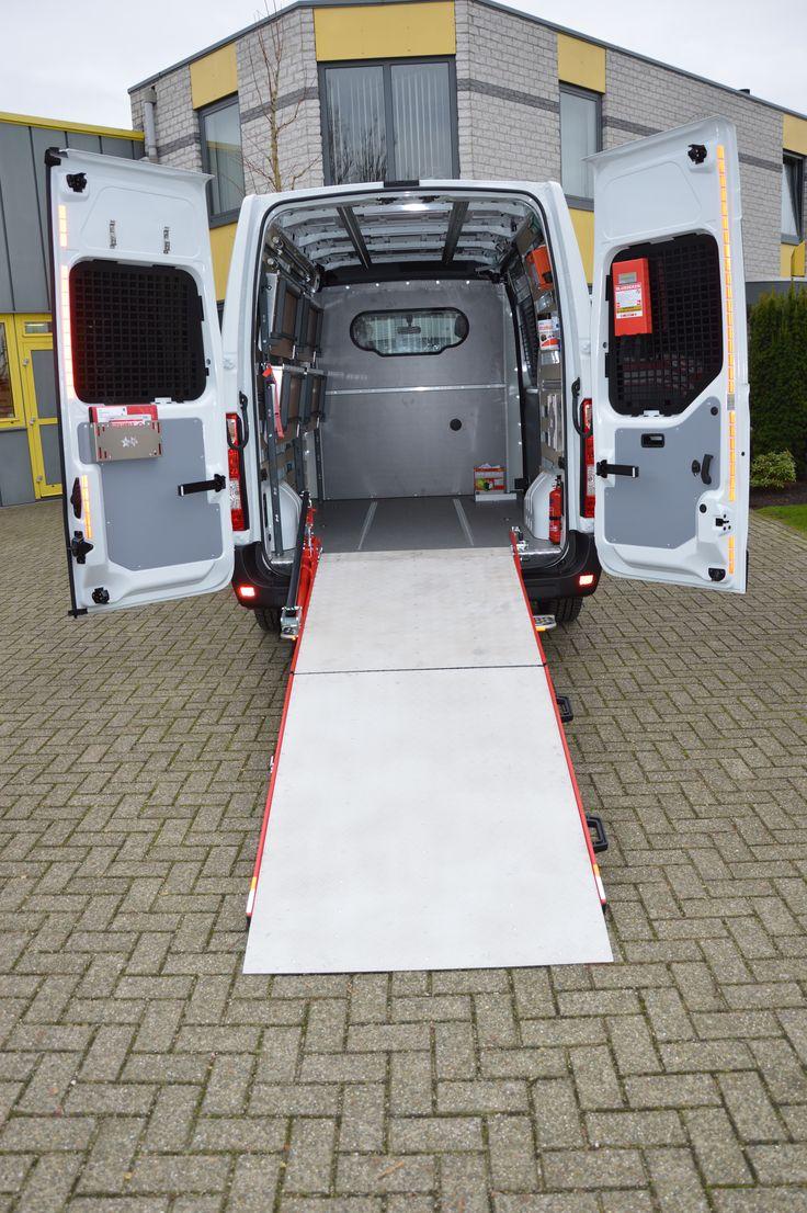 Post of koerierswageninrichting in Opel Movano / Renault Master / Nissan NV 400