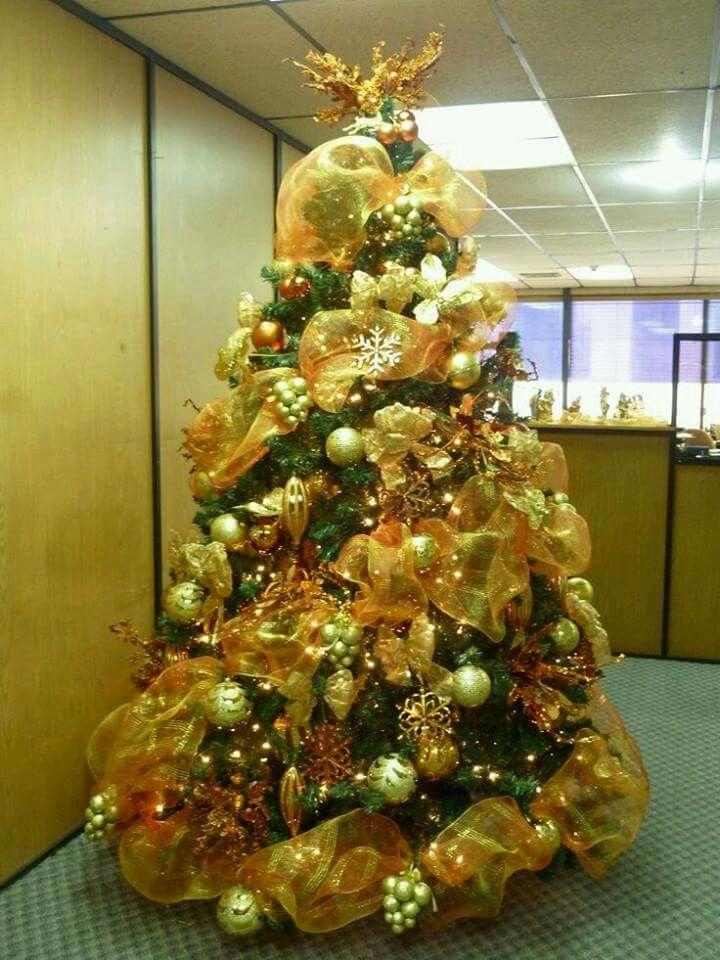 pinos navideos decorados