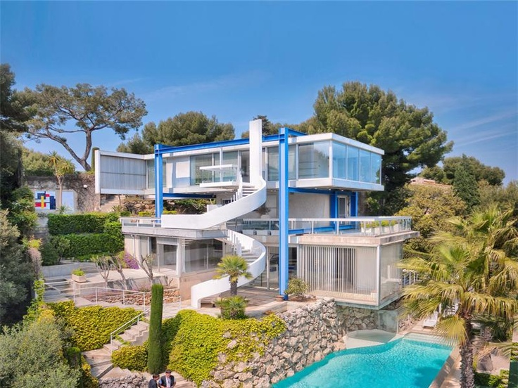 dude this house is so cool love weird modern houses