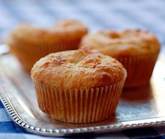 Bolinho de Amêndoas (cupcake) - sem glúten, sem açúcar, sem lactose, diabéticos   Café com Manteiga